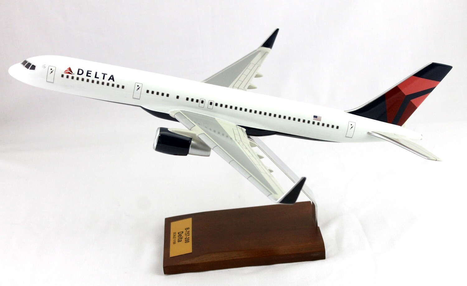 Mastercraft Collection B-757 Delta Airlines Wood Model 1/100