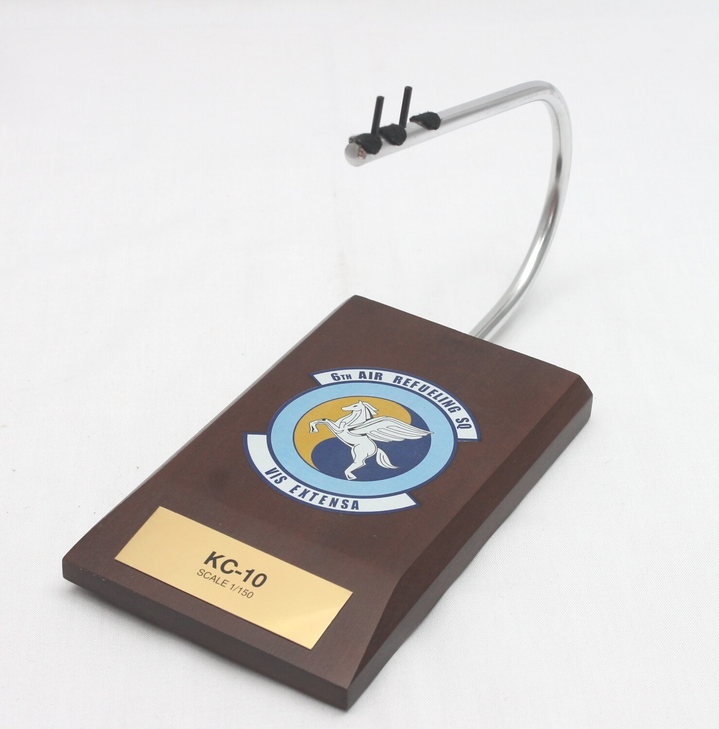Mastercraft Collection KC-10 Extender 1/150 6th Air Refueling Squadron (Travis AFB)