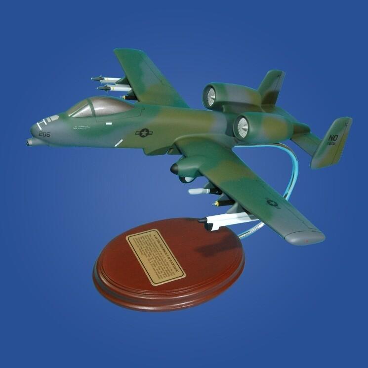 A-10 Thunderbolt II (Desert Storm) 1/57 Desktop Model Aircraft
