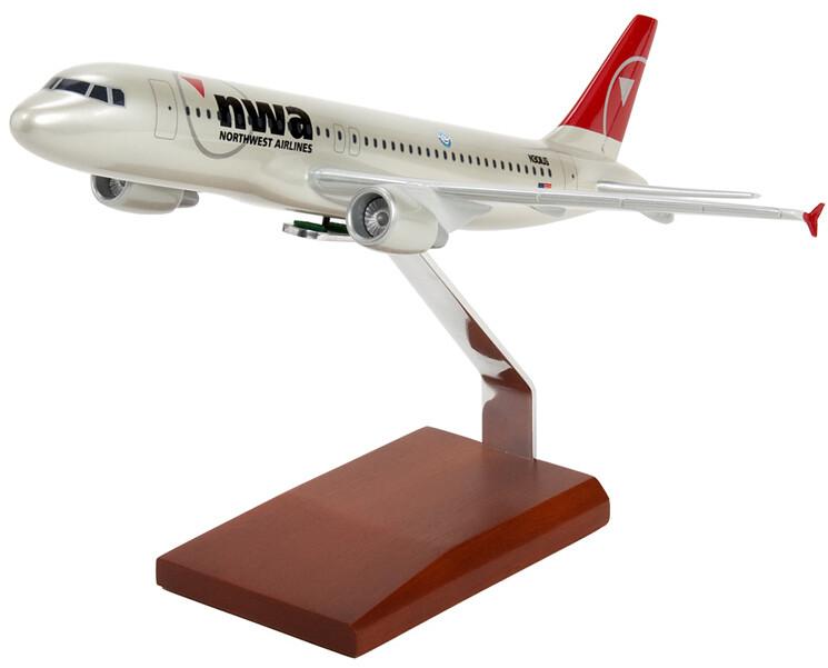 A320 Northwest 1/100 Model Airplane