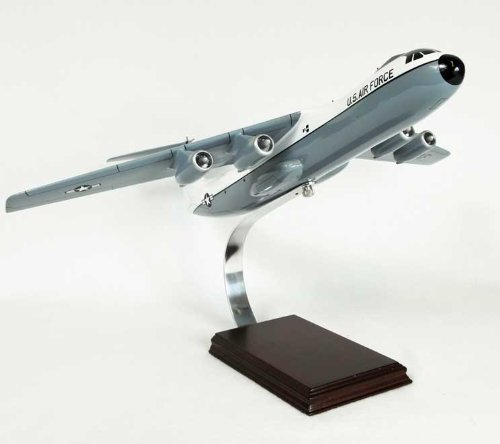 C-141 Starlifter (Hanoi Taxi) 1/104 Scale Model Aircraft