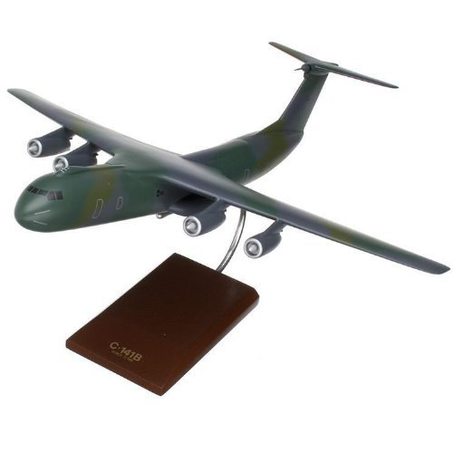 C-141B Starlifter (E-1) 1/100 Scale Model Aircraft