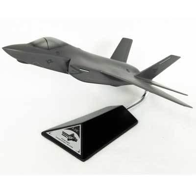 F-35C JSF/CV Model Airplane