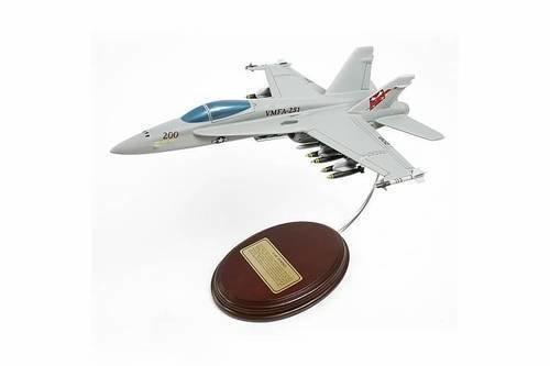 McDonnell Douglas F-18C Hornet 1/56 Desktop Model Airplane