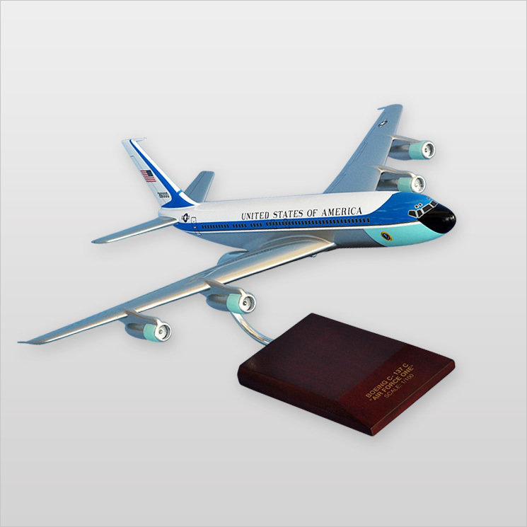 VC-137A Air Force One 1/100