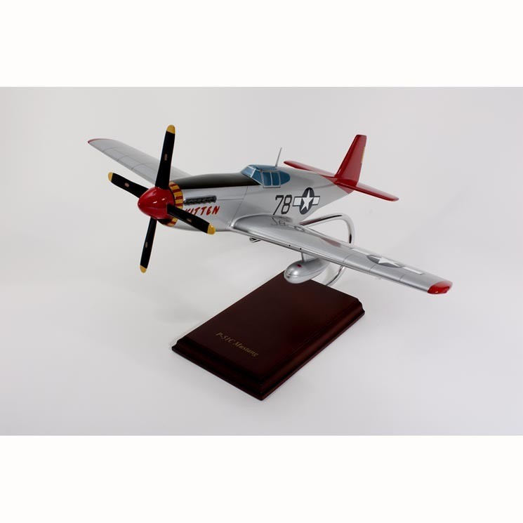 P-51C Mustang (Tuskegee) 1/24