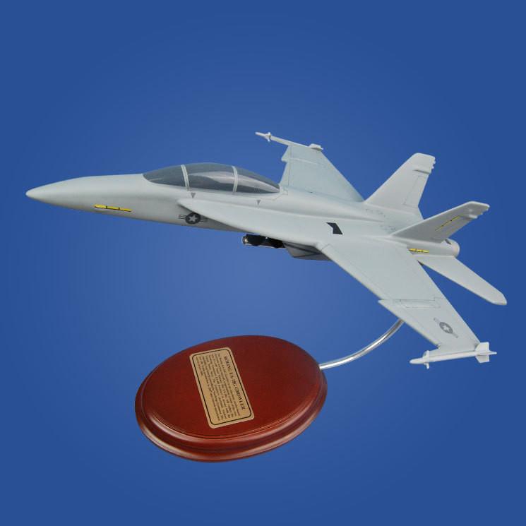 EA-18 Growler 1/60 Desktop Model Aircraft