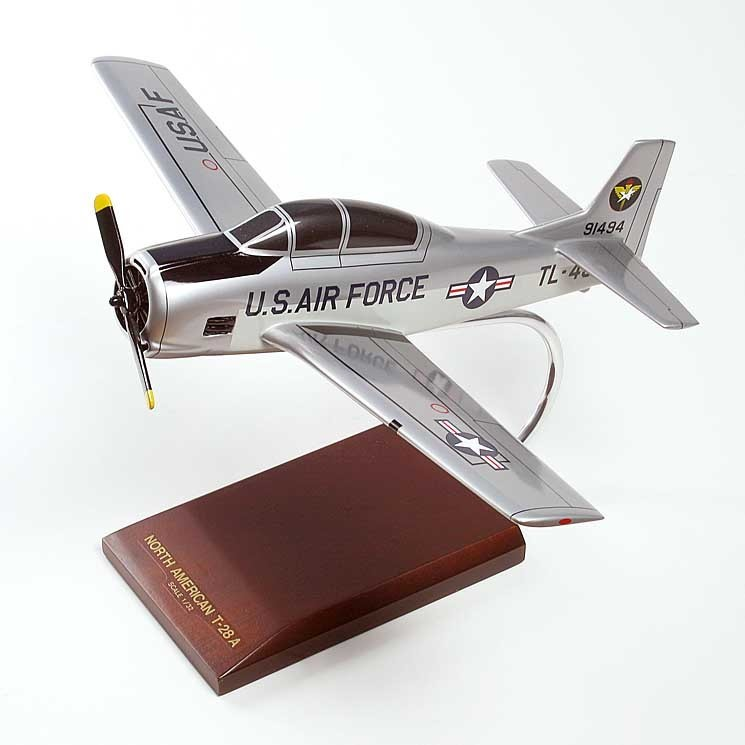 T-28A Trojan 1/32 Scale Model Aircraft