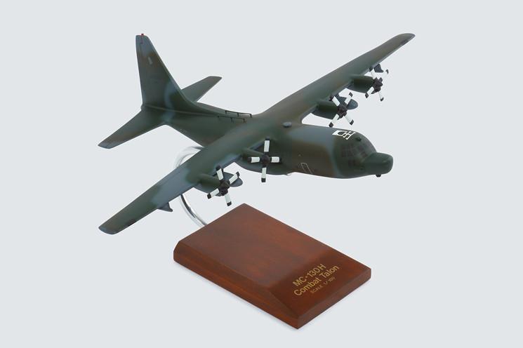 MC-130H Combat Talon 1/100 Model Aircraft