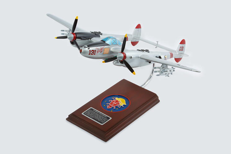 P-38J Lightning (Pudgy) 1/32 Scale Model Aircraft
