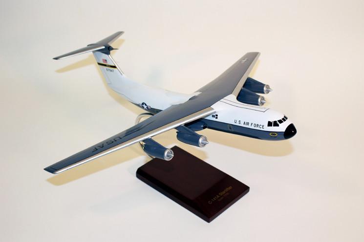 C-141A Starlifter