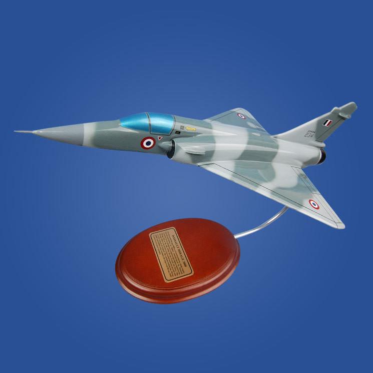 Dassault Mirage 2000 1/47 Desktop Model Aircraft