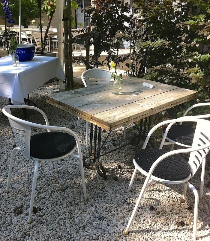 Franse bistrostoeltjes / French bistro chairs