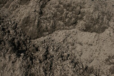Bulk Topsoil Blend by the yard
