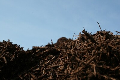 Bulk Brown Shredded Mulch