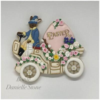 Easter Parade Car 01