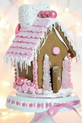 Sweetopia Gingerbread House Cutter Set