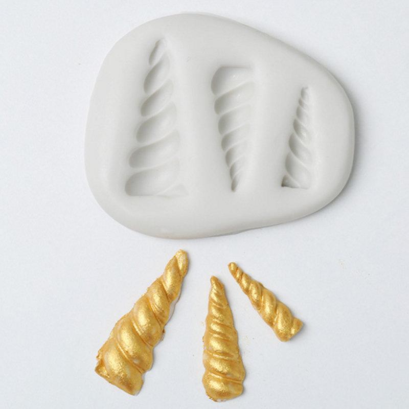 Silicone Unicorn Mold (3 horns)