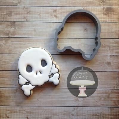 Skull Bones 01 (m)