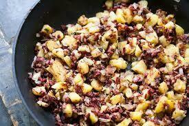 Corned beef and hash Breakfast bowl, single serve