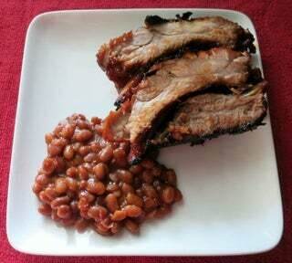 Pork Smoked Ribs with baked beans Individual serving
