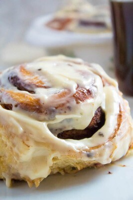 You-Bake GIANT Cinnamon Rolls w/cream cheese frosting