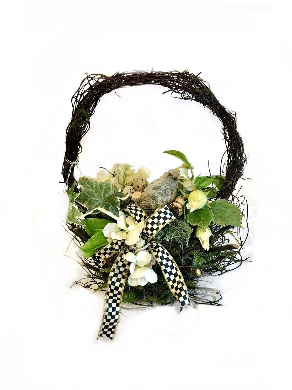 Mossy twig basket large bird floral hydrangea