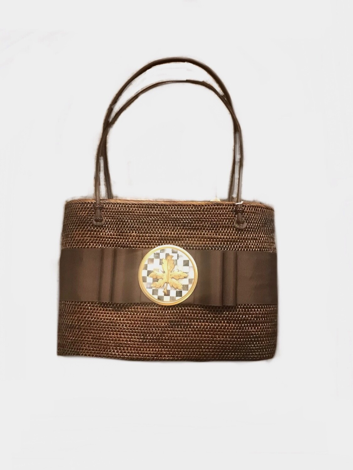 Straw bag brown with leaf medallion