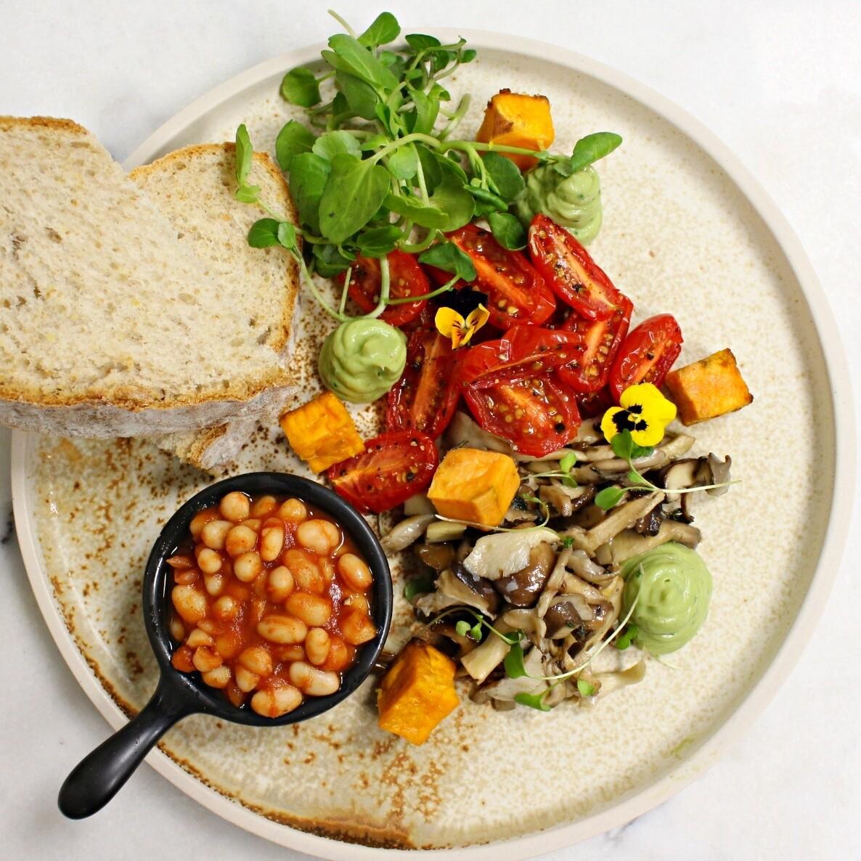 All Plants Breakfast + Lunch