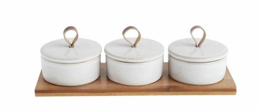 BV152 Bamboo Tray w/3 Covered Pinch Pots