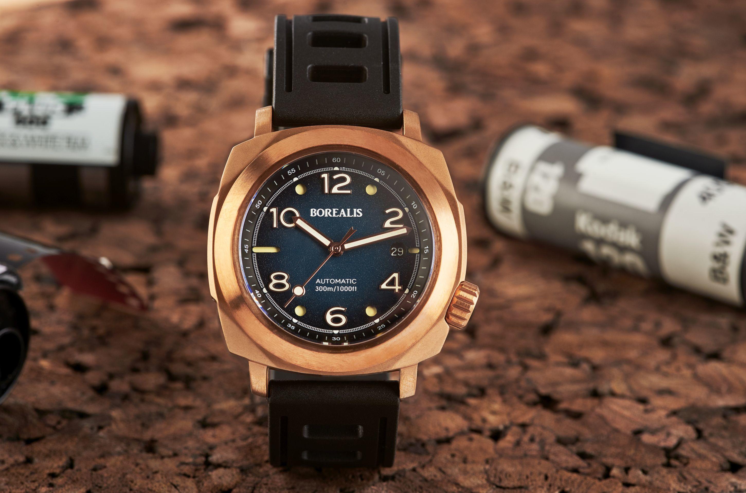 Borealis Navale CuSn8 Bronze 300m Diver Watch Miyota 9015 Fumed Blue Version CF Fixed Bezel BNAVALECFBLUE