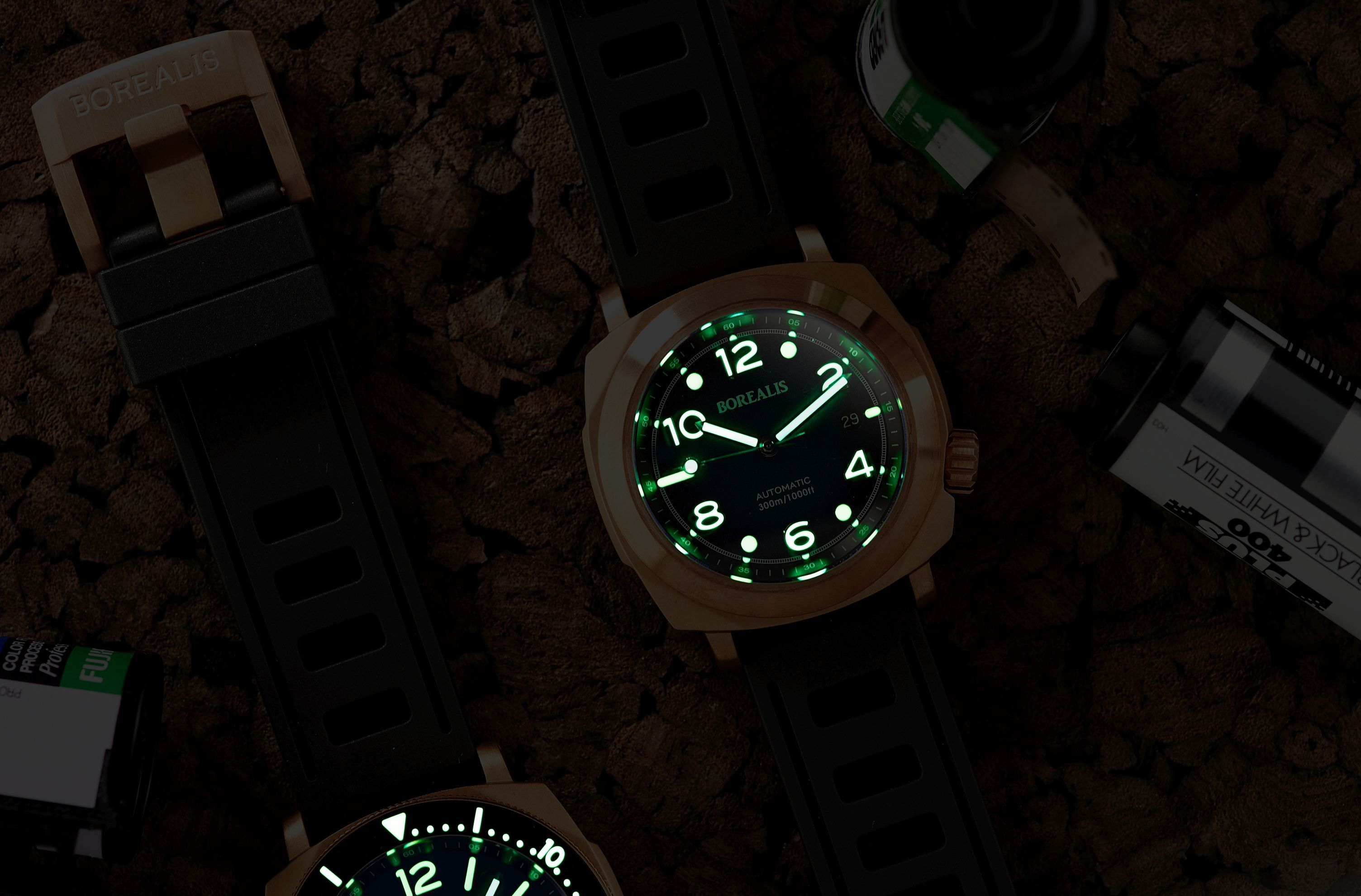 Borealis Navale CuSn8 Bronze 300m Diver Watch Miyota 9015 Fumed Blue Version CF Fixed Bezel