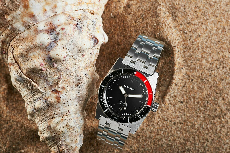 Borealis Scorpionfish Black Dial DATE Black / Red sapphire bezel Miyota 9015