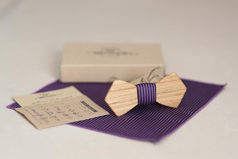 КУпить фиолетовый галстук в полоску