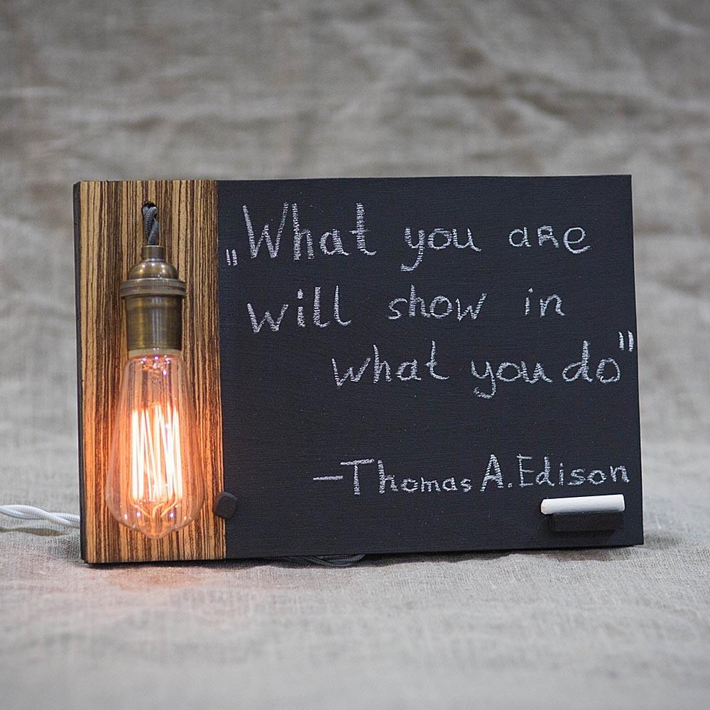 Интерьерная информационная доска в ретро стиле Edison Memo 1 с тонированной лампой Эдисона и регулятором TW-EdisonMemo1