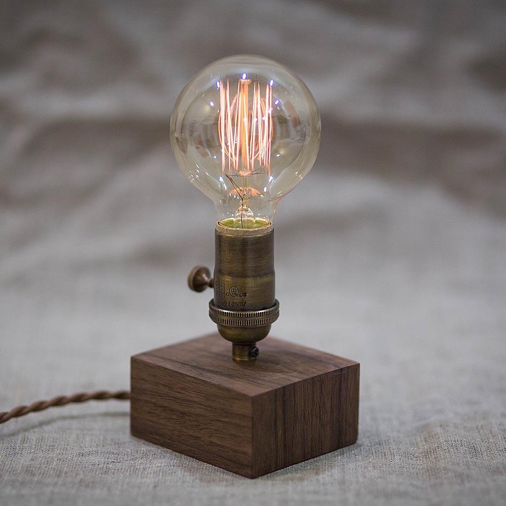 Настольный винтажный светильник из древесины ореха Edison Walnut Mini 3. Лампа Эдисона 40W с высоким винтажным цоколем и регулятором TW-WalnutEdisonMini3