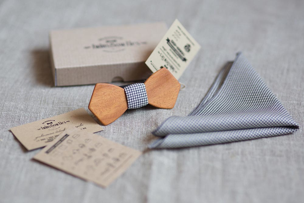 Деревянная галстук бабочка twins