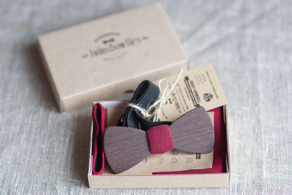 Мужской премиум галстук-бабочка из древесины венге Черчилль Classic + платок.