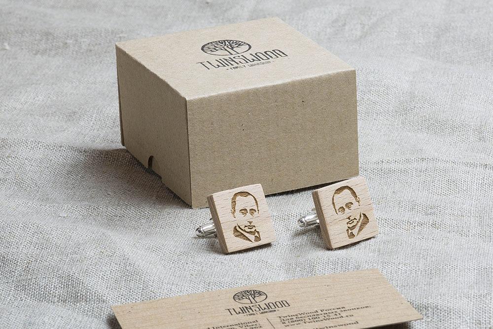 Квадратные деревянные запонки с гравировкой силуэта ПУТИНА. Массив бука