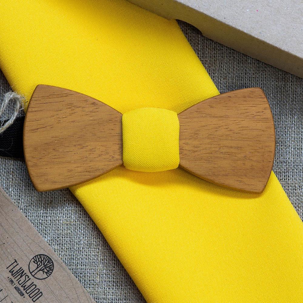 Галстук-бабочка Александр Классик из древесины африканской кусии  + желтый платок для пиджака TBT-AlexanderClassic
