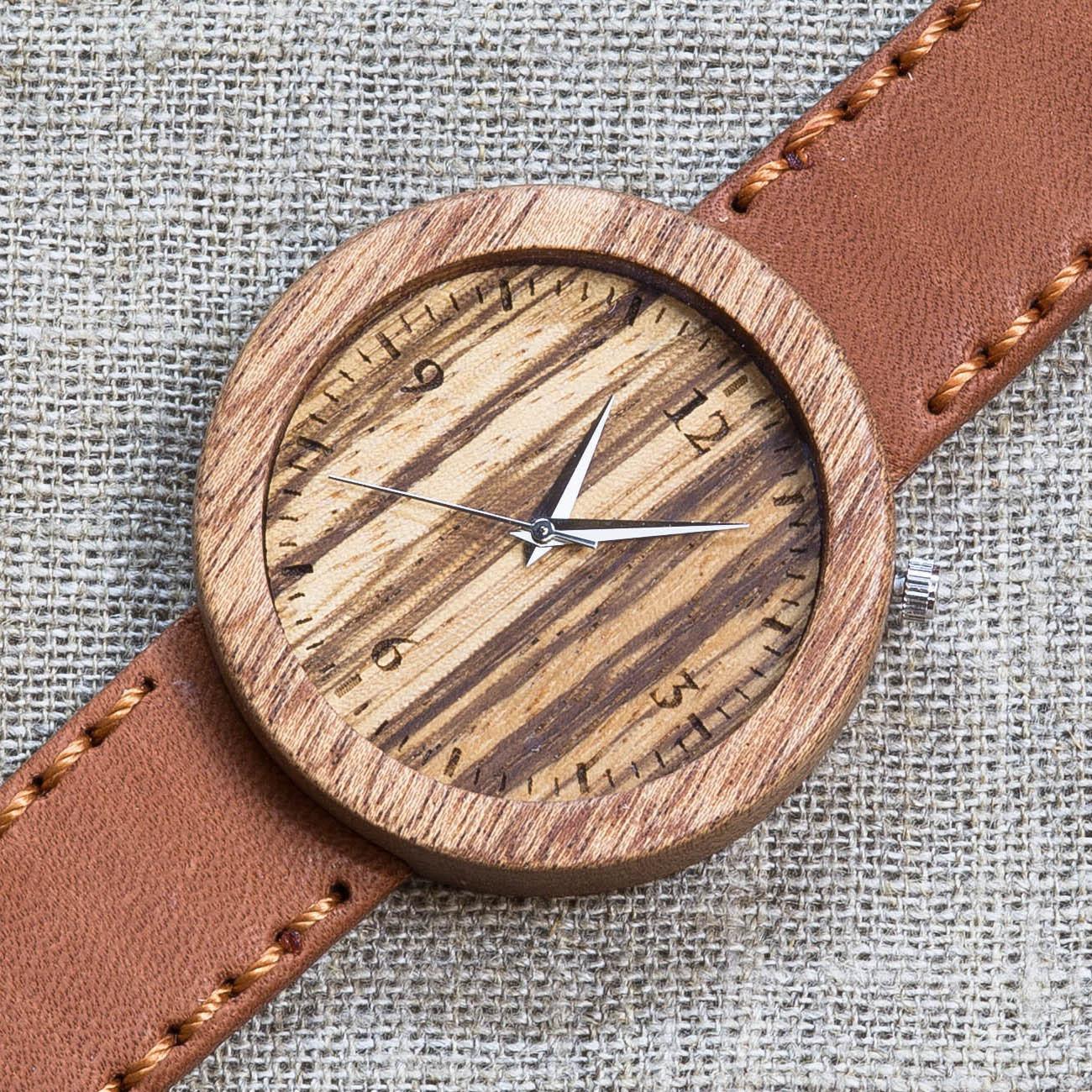 Деревянные часы из сапеле Майами 5. Циферблат - зебрано. Терракотовый премиум ремешок ручной работы из кожи теленка. Персональная гравировка TW-Miami5
