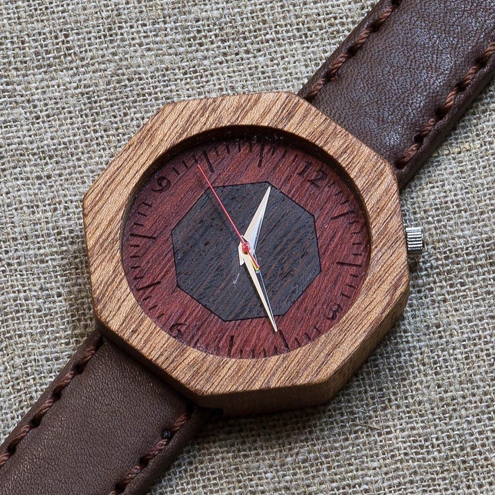 Деревянные часы из сапеле Пекин 7. Циферблат - ярра и венге. Коричневый матовый премиум ремешок ручной работы из кожи теленка. Персональная гравировка TW-Beijing-7