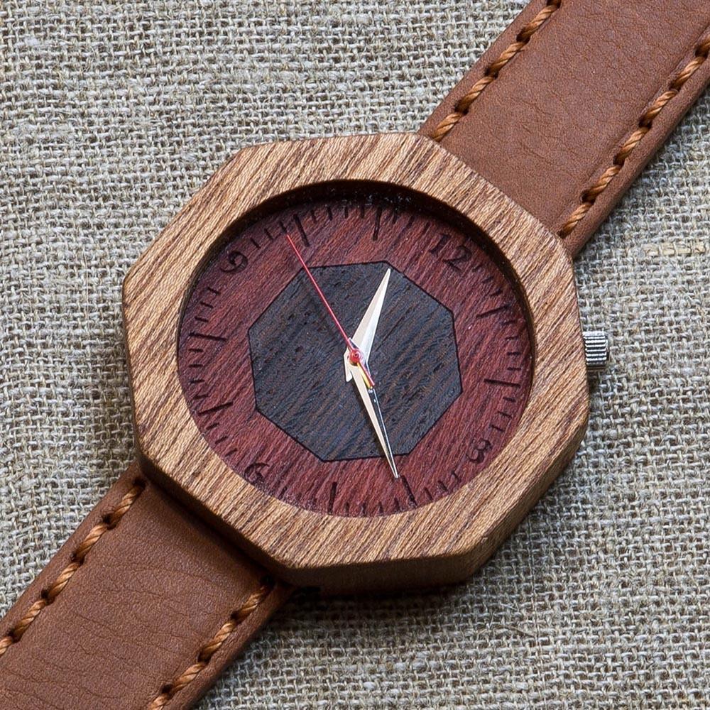 Деревянные часы из сапеле Пекин 9. Циферблат - ярра и венге. Терракотовый премиум ремешок ручной работы из кожи теленка. Персональная гравировка TW-Beijing-9