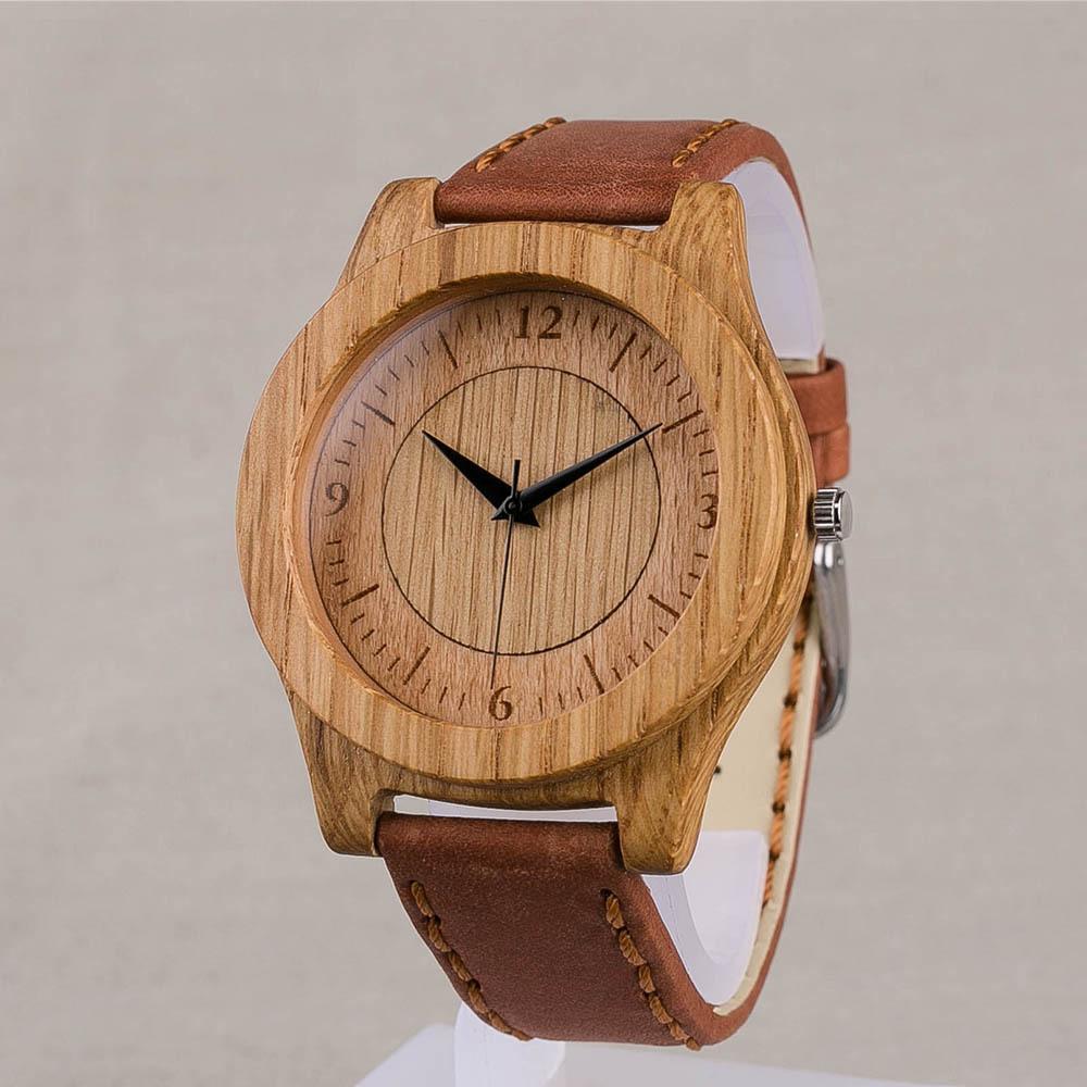 Дизайнерские наручные часы из дерева. Корпус - дуб. Размер 45 мм. Циферблат - бук и дуб. терракотовый ремешок из настоящей кожи. Персональная гравировка TW-OakOak3