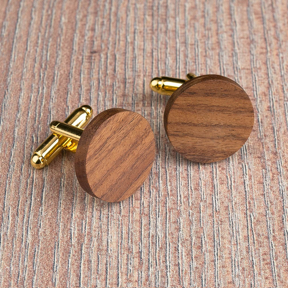 Круглые деревянные запонки из палисандра. Три цвета фурнитуры на выбор. Гравировка инициалов или логотипа. Упаковка в комплекте TwinsCufflinks-RosewoodRound