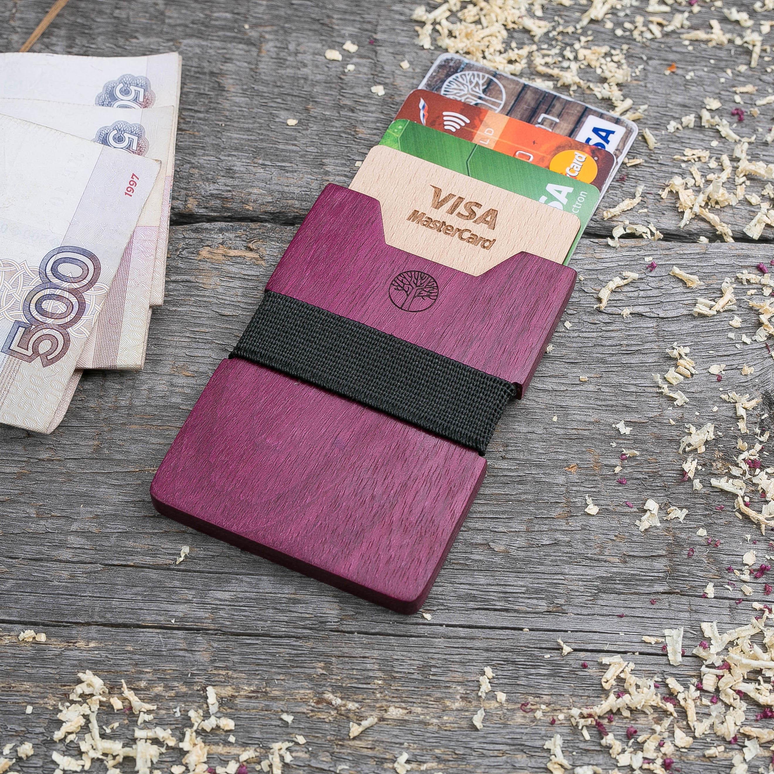 Деревянный кошелек из амаранта. Вертикальная загрузка. Для 1-6 пластиковых карт и купюр. Поддержка Apple Pay. Гравировка имени или логотипа. Бизнес сувенир. Подарок другу. Именной кошелек TwinsWallet-AmaranthV