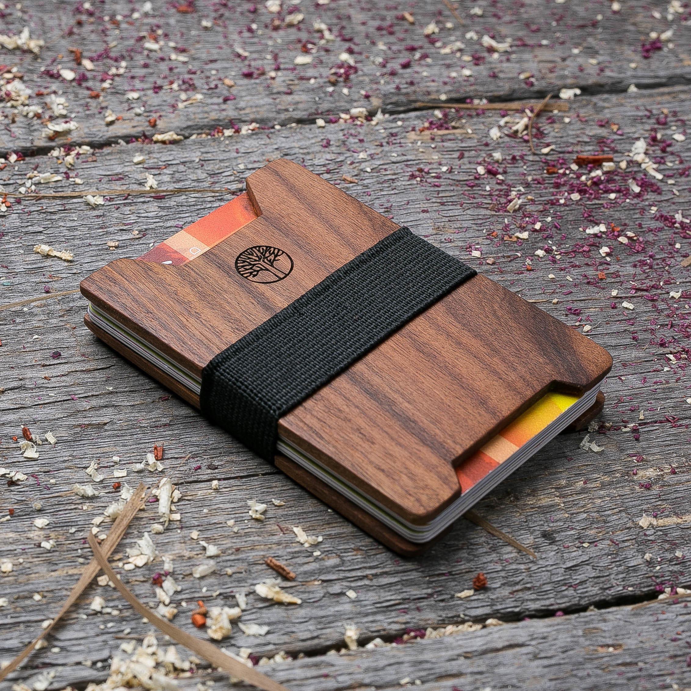 Мини кошелек-кардхолдер из дерева. Массив палисандра. Для 1-15 пластиковых карт и купюр. Подарок другу или бизнес партнеру, именной кошелек. Гравировка имени или логотипа + открытка из дерева TwinsMiniWallet-RosewoodV