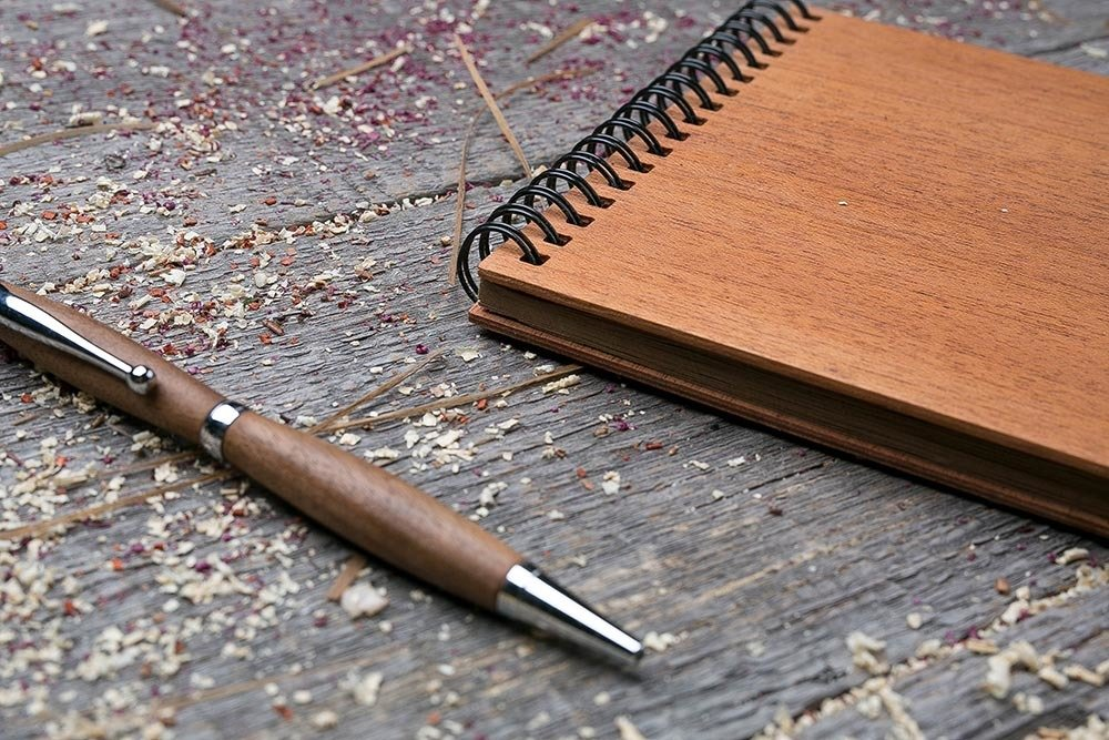 Купить скетчбук и деревянной обложкой