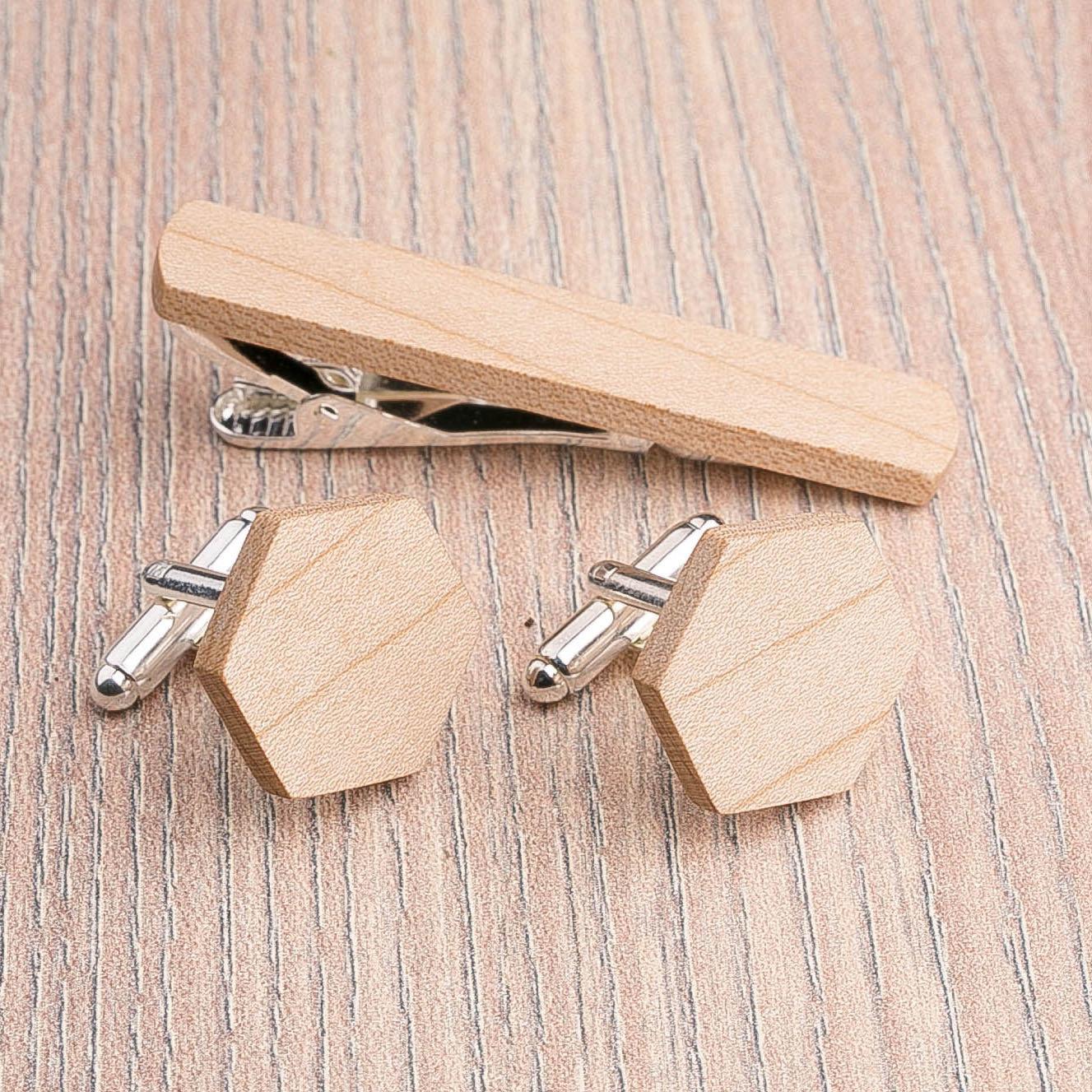 Комплект: Шестигранные запонки из дерева и Деревянный зажим для галстука. Массив клена. Гравировка инициалов. Упаковка в комплекте CufflinksSet-OctagonMaple