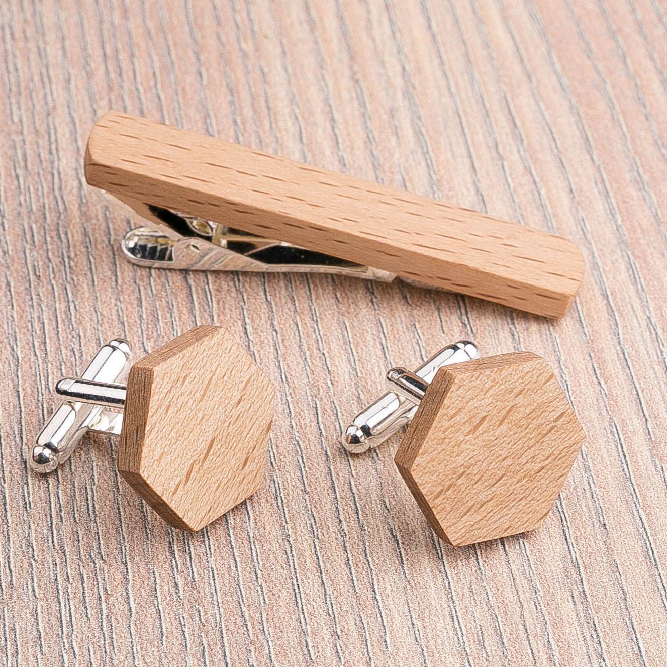 Комплект: Шестигранные запонки из дерева и Деревянный зажим для галстука. Массив бука. Гравировка инициалов. Упаковка в комплекте CufflinksSet-OctagonBeech